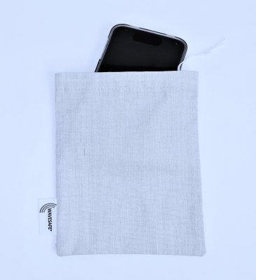 Mobile phone pouch with radiation protection 17x20cm